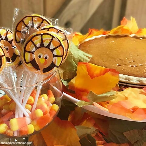 Thanksgiving dessert table ideas.