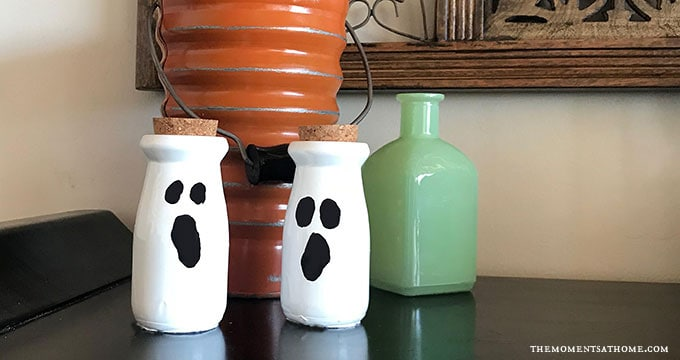 DIY Ghost Decoration for Halloween
