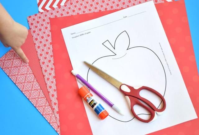 Paper Weaving Apples